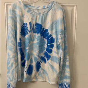 Tie dyed pattern sweatshirt.